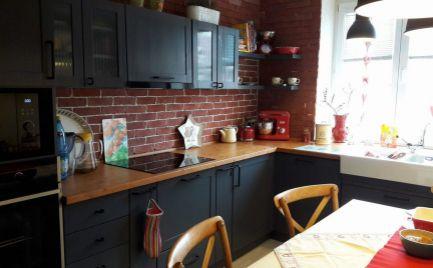Luxusný 3-izbový kompletene zrekonštruovaný tehlový byt.