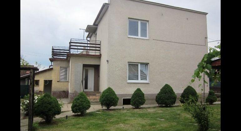 Rodinný dom+hosťovský dom na predaj