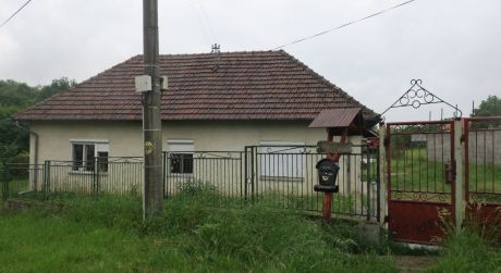 Rodinný dom na predaj v obci Semerovo. Rezervované!