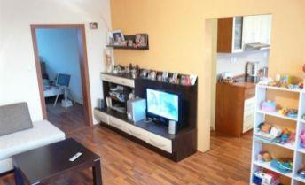 2 izbový byt s balkónom na prenájom v centre mesta Liptovský Mikuláš