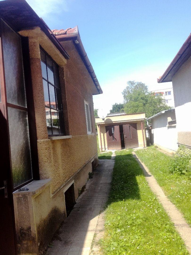 9759d3549 Znížená cena. 3 izbový rodinný dom Bošany