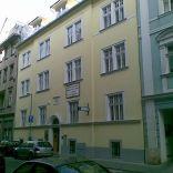 RK Byty Bratislava prenajme kancelárske priestory v Bratislave na Grosslingovej ul.