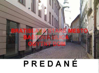PREDANÉ  Bytový dom Bratislava