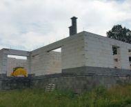 Rozostavaný rodinný dom v blízkosti krásnej prírody, Lukové