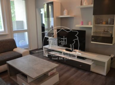 PREDAJ:3 izb. byt s loggiou,výmera 65 m2, rekonštrukcia, BA IV Dúbravka, Gallayova ulica