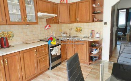 PREDANÉ - Trojizbový byt s lodžiou, Žiar nad Hronom, 70 m2