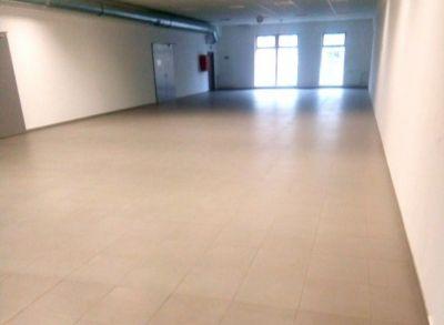 Prenájom Obchodné priestory 150 m2 Žilina Solinky