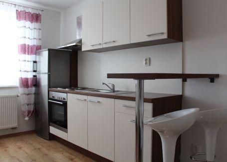 PREDANÉ - NOVOSTAVBA - zariadený 2 izbový byt, Šípová, 38m2