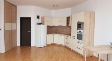 Na prenájom v novostavbe 2-izbový byt na Podzámskej ul. v Nových Zámkoch