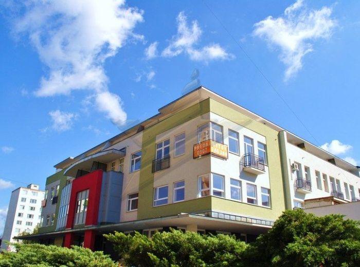 PREDANÉ - POĽNOHOSPODÁRSKA, 2-i byt, 70 m2 - novostavba, PRIAMO PRI PEŠEJ ZÓNE, štandard bytu v cene, POSLEDNÉ VOĽNÉ BYTY