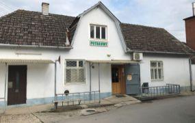 EXKLUZÍVNE! Na predaj predajňa potravín so skladovými priestormi a garážou v obci Chocholná-Velčice.