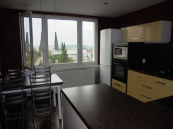 3-i byt,80m2,moderne ZREKONŠTRUOVANÝ, krásny VÝHĽAD, bez ďalších  INVESTÍCIÍ