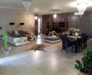 DIAMOND HOME s.r.o. Vám ponúka na predaj 5izbový luxusný rodinný dom v perfektnej časti Dunajskej Stredy!