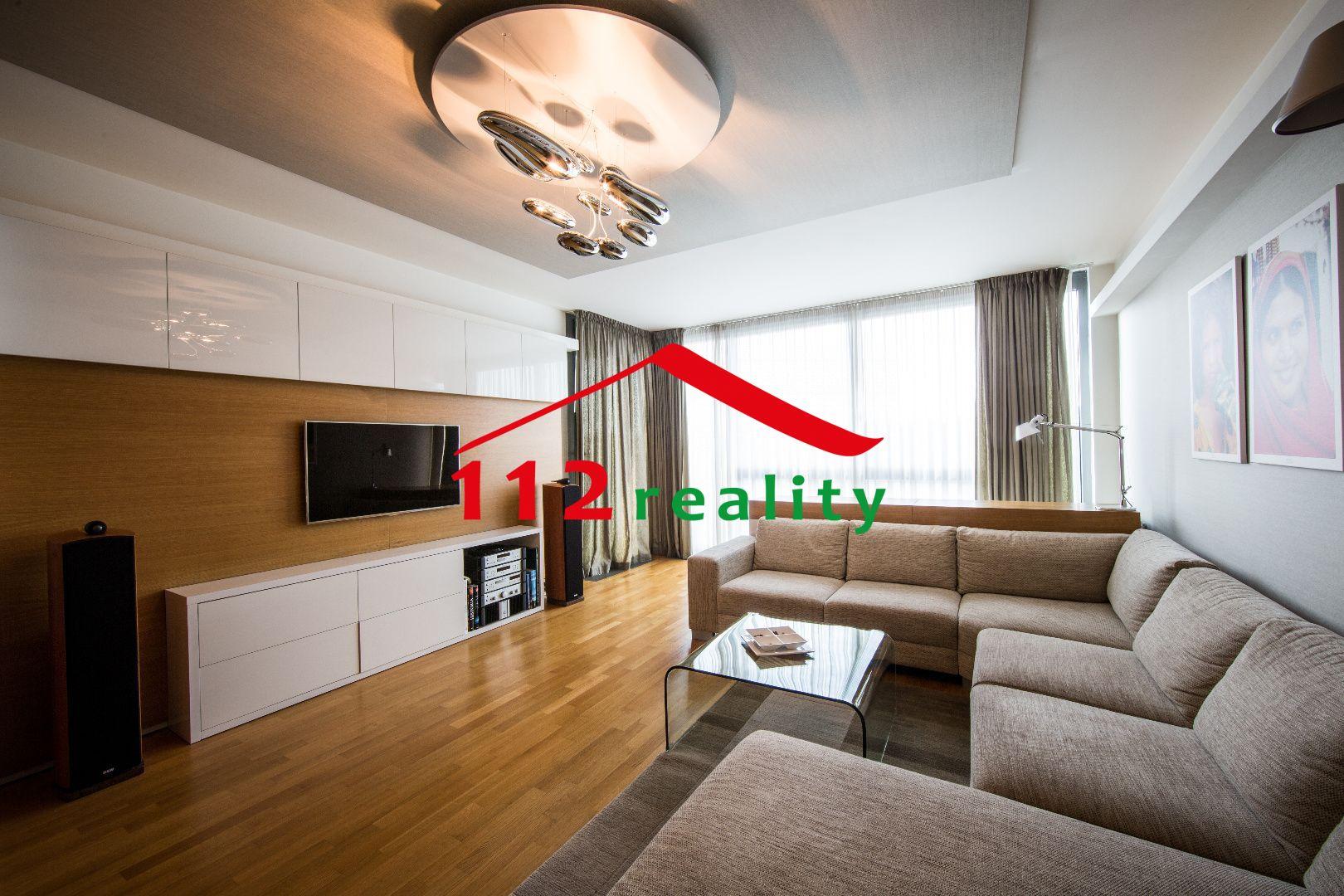 112reality - Na prenájom luxusný klimatizovaný 2 izbový byt s priamym výhľadom  na Dunaj cb23e4e3deb