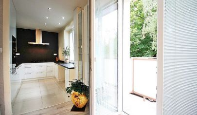 KRÁSNY moderný 2-izbový byt (55m2 + 2x balkón) pri Parku Anička / Hlinkova ul. / KE - Sever