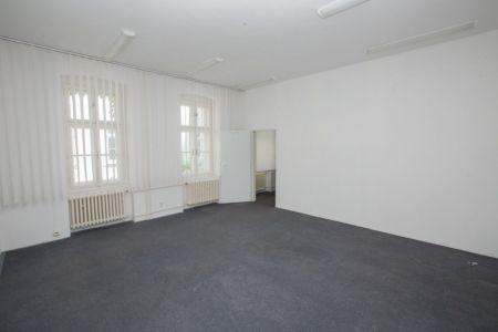 IMPEREAL - Prenájom, kancelária 48,94 m2, 3NP, Konventná ul., Bratislava I.
