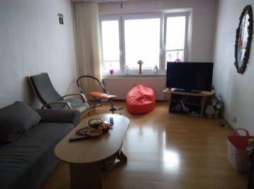 2-i byt 62 m2, loggia pekný VÝHĽAD, čiastočná rekonštrukcia