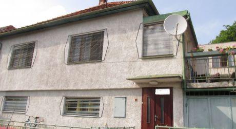 Na predaj rodinný dom v Hronskom Beňadiku s krásnym výhľadom