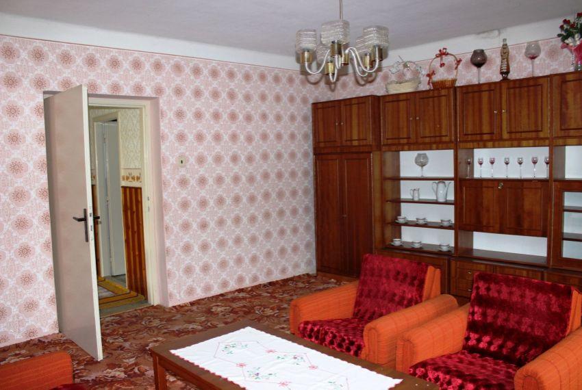 Predaj Rodinné domy Cinobaňa-9