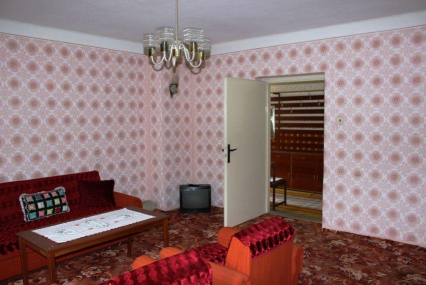 Predaj Rodinné domy Cinobaňa-10