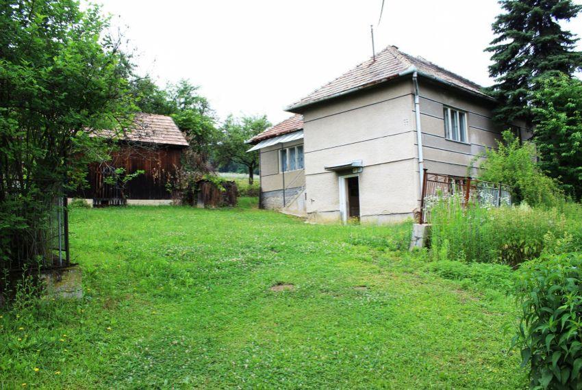 Predaj Rodinné domy Cinobaňa