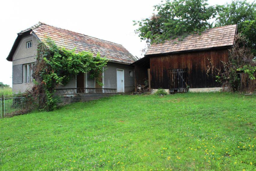 Predaj Rodinné domy Cinobaňa-1
