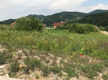 Predaj pozemku v mestskej časti Žilina-Budatín, všetky IS, 823m2, Cena: 70 000 €