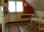 2 izbový BYT v rodinnom dome V SENCI na Sln. jazerách – JUH.
