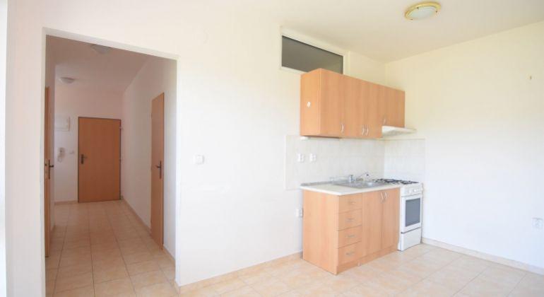 Na predaj veľký 2+1 izbový byt, Trenčín, Sihoť, 65m2, balkón