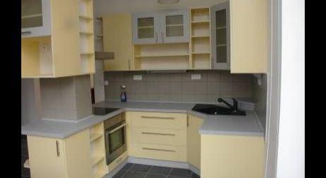 Prenájom 4 izbového bytu v mestskej vile na Krakovskej ulici v centre - Palisády
