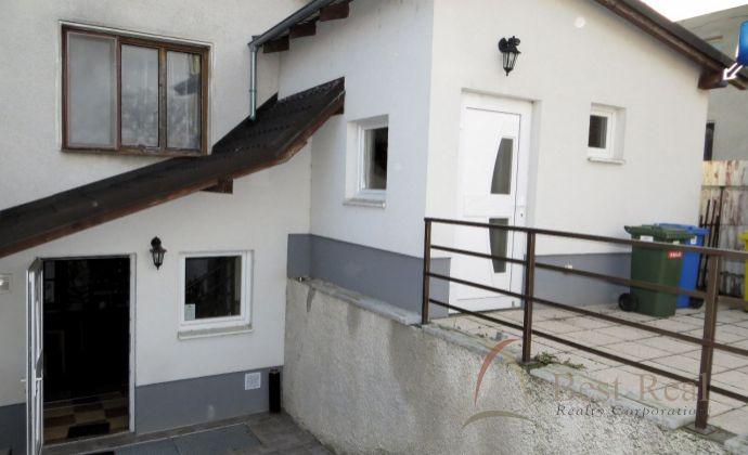 Best Real –  predaj rodinného domu v centre obce Lehnice - bývanie a podnikanie pod jednou strechou.