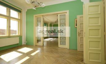 5-izbový palácový byt 260 m2 Galandova ulica - Slavín s možnosťou parkingu
