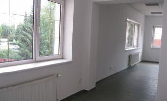EXKLUZÍVNE - obchodné priestory na prenájom, centrum, Prievidza.