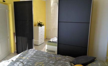 Pekný, vkusne zariadený  3-izbový byt po rekonštrukcii - Brezno
