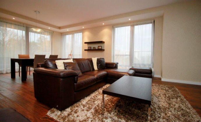 Predáme 3-izb. byt v novostavbe s parkingom a terasou – Hriňovská ul.