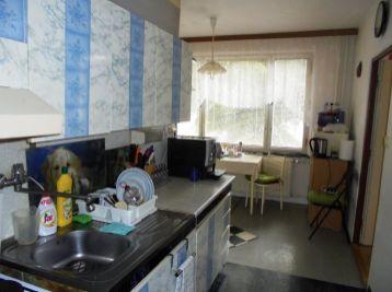 2-i byt, 64 m2,priestranný byt S LOGGIOU, TOP lokalita