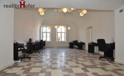 Prenájom obch., či kancel. priestorov v historickom centre, Hlavná ul., Prešov