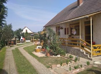 Predáme tehlový rodinný dom - Maďarsko - Novajidrány