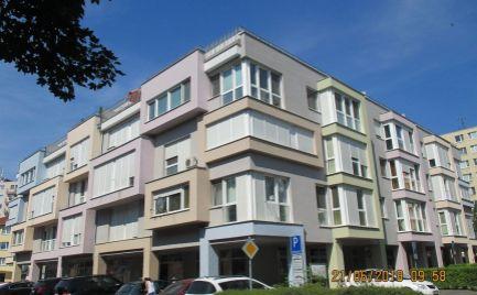 Krásný byt na predaj v Šamoríne s vonkajším parkovacím státím