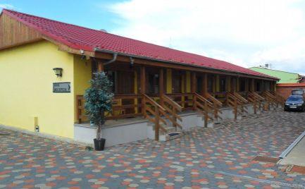 Predám komerčný objekt - pohostinstvo, penzión, predajňa pri hlavnej ceste v Ivanke pri Nitre, 4 km od Nitry.