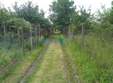 MAXFIN REAL -  PREDAJ romantickej záhradky s ovocným sadom blízko rieky v Nitre