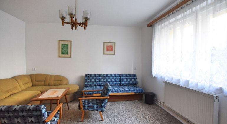 Na predaj veľký 2+1 izbový byt, Trenčín, SIHOŤ I., 62 m2, tehla