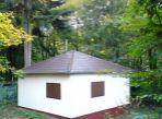 Smolenice: chata po rekonštrukcii v rekreačnej oblasti Jahodník