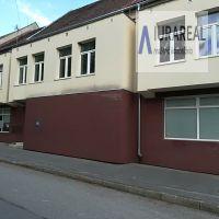 Obchodné, Ilava, 680 m², Kompletná rekonštrukcia