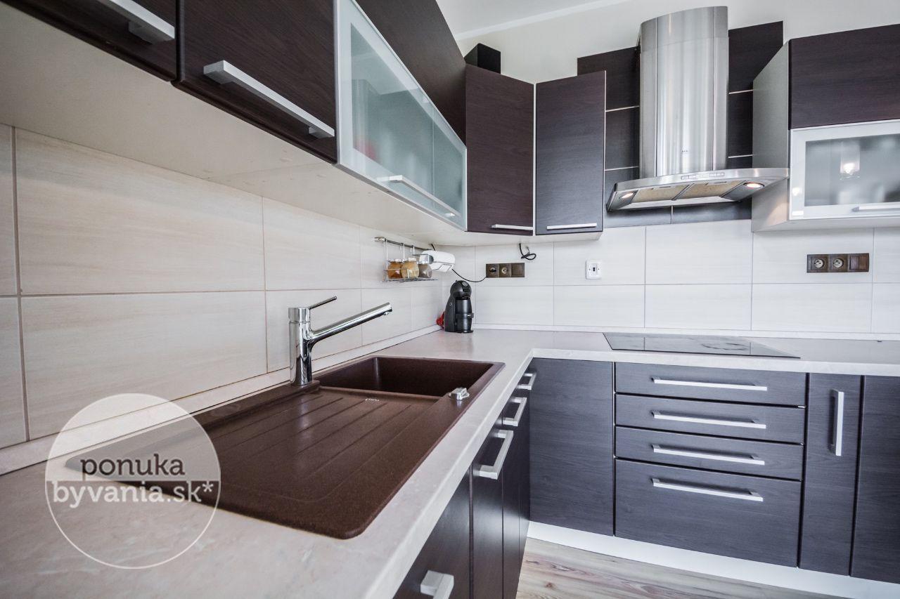 ponukabyvania.sk_Oravská_Rodinný-dom_HRNČIAR
