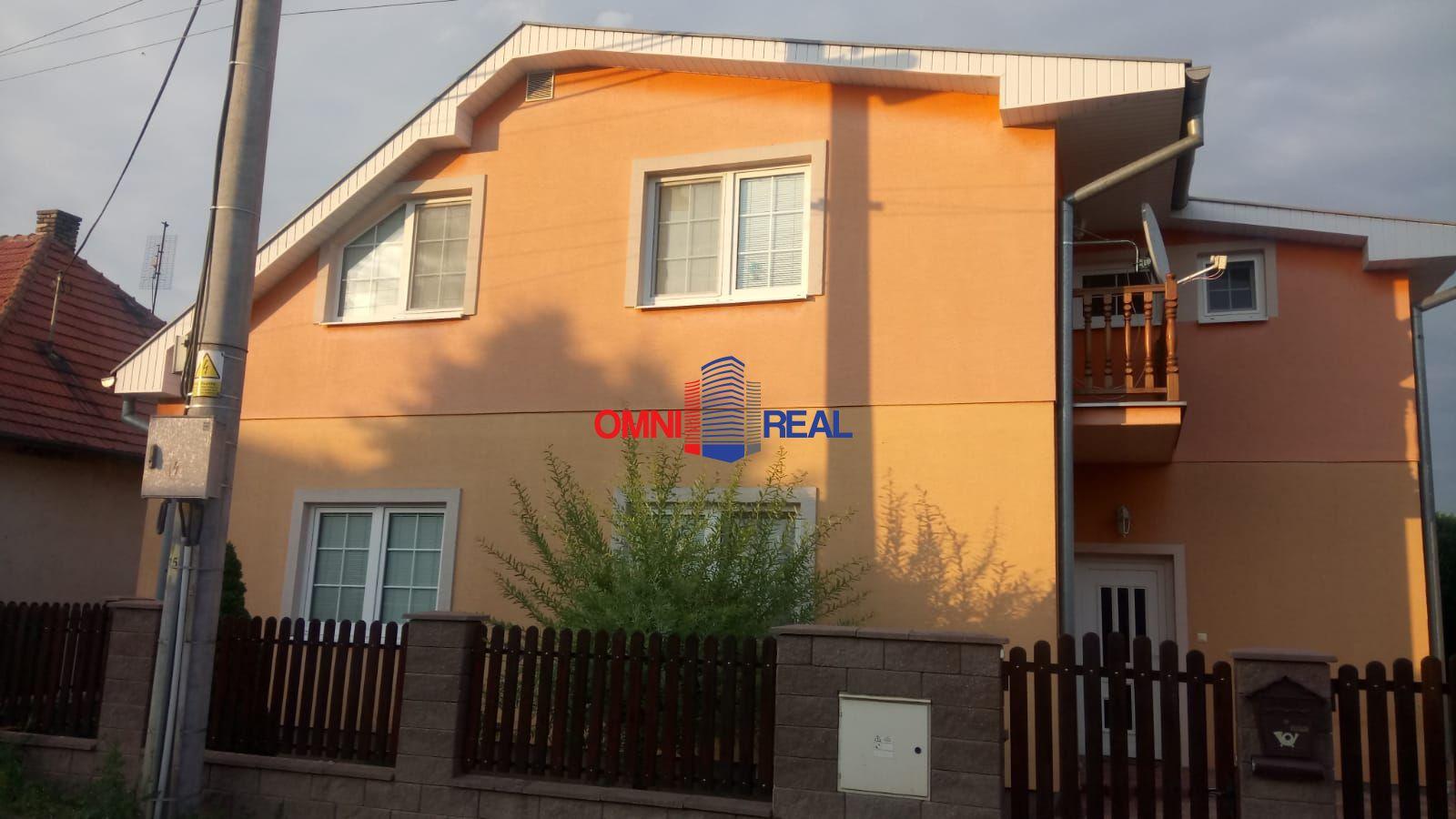 c17cfcdb2 Krásny 4 izbový rodinný dom + samostatná bytová jednotka, kompletná  rekonštrukcia, 7 árový pozemok v obci Lehota pri Nitre