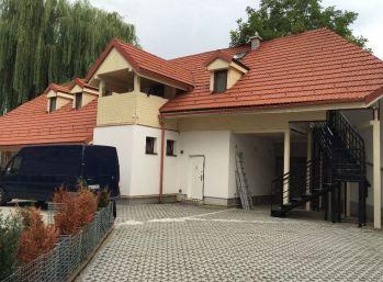 Predáme netradičný,  3 izbový byt Košice - Staré mesto