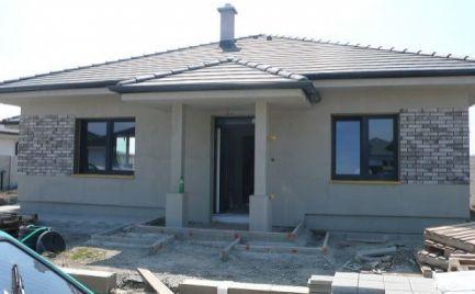 Novostavba, 4 - izbový rodinný dom so štandardom na predaj v obci Lehnice