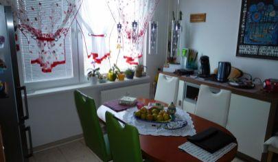Topoľčany, 3 izb. byt v centre 75 m2