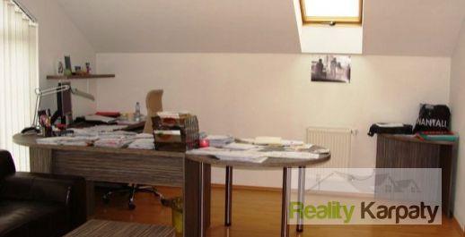 Na prenájom ponúkame výhodne kancelárie o výmere 159m2, BRATISLAVA-P.Biskupice !!!
